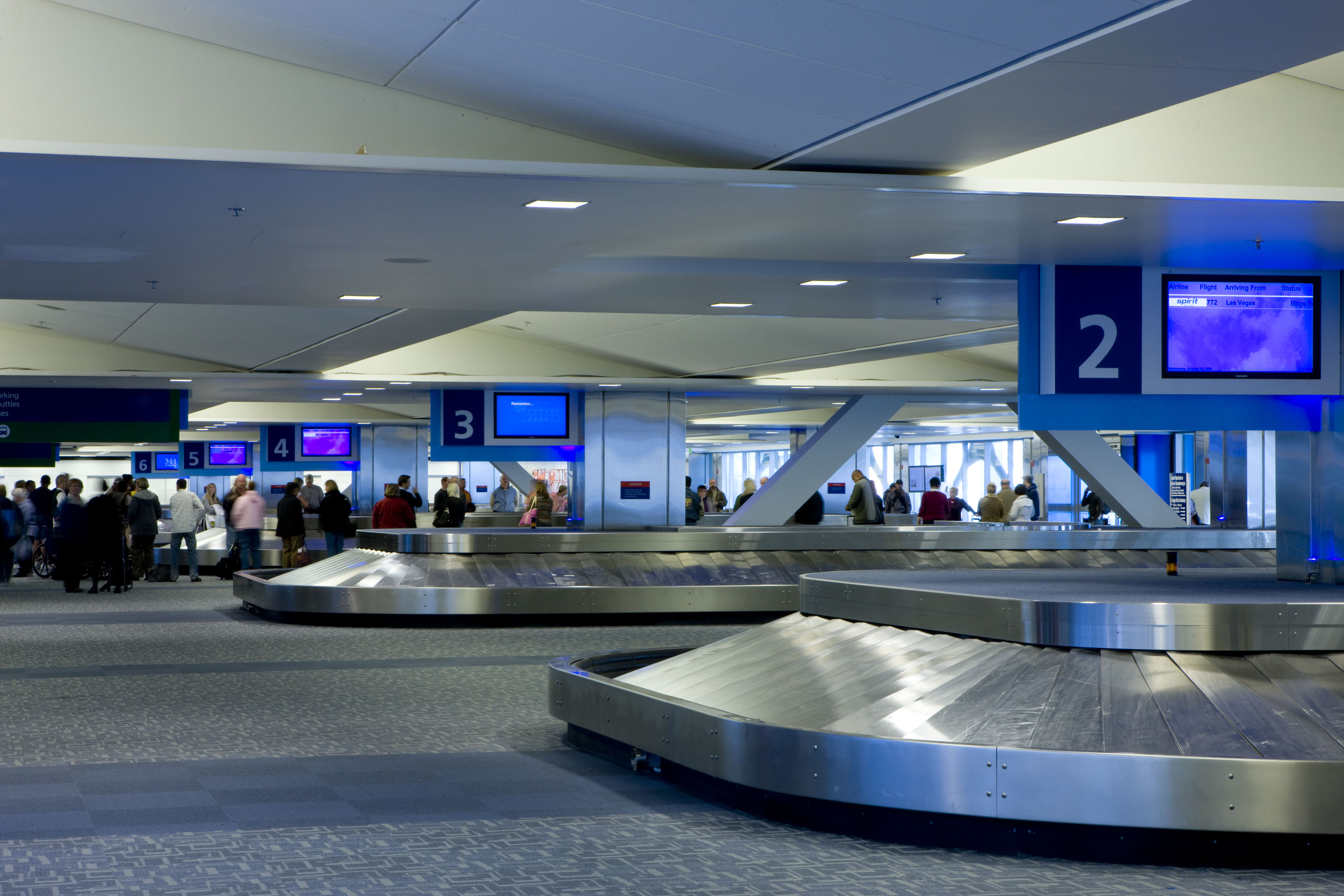 Get information about baggage policies, reclaiming baggage and reporting a lost item.